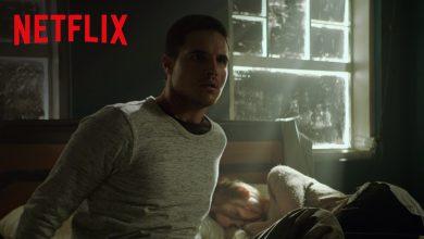 Photo of La recensione del film Netflix ARQ. Un trip fantascientifico infinito?