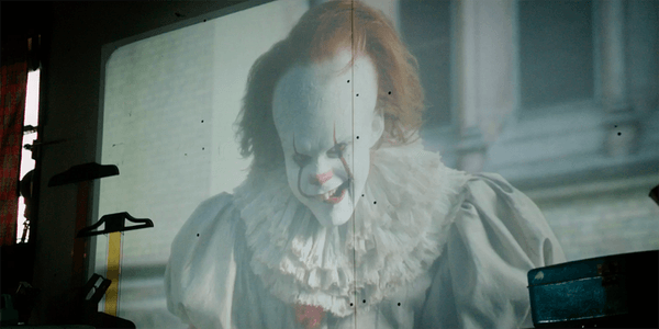 Photo of IT – PENNYWISE: IL CLOWN STA TORNANDO