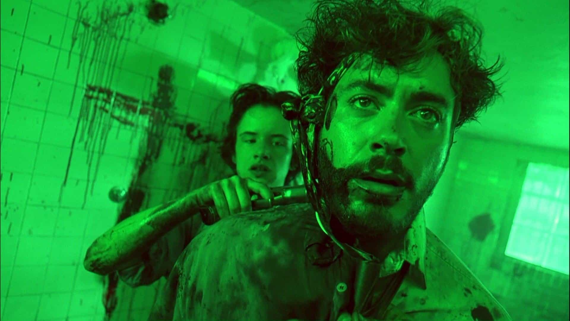 Juliette Lewis e Robert Downey Jr in Natural Born Killers