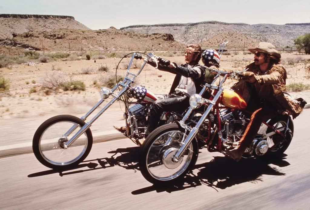 Photo of Easy Rider – Spiegazione del finale del film celeberrimo di Dennis Hopper
