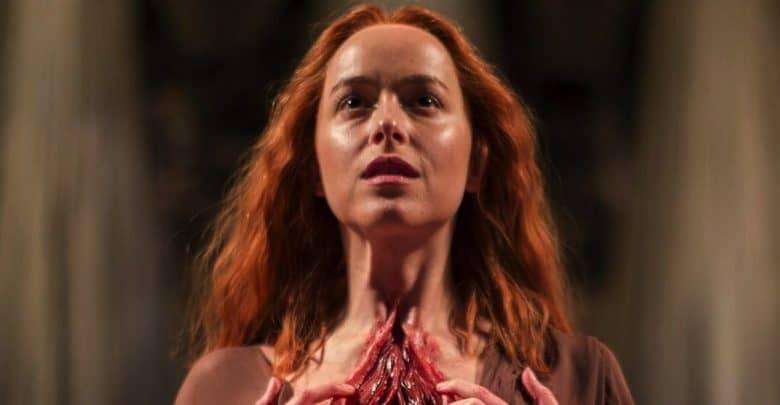 Photo of Suspiria: guarda le nuove immagini del remake con Dakota Johnson