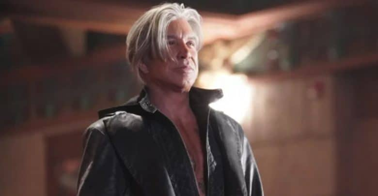Photo of Nightmare Cinema: uscito il trailer dell'horror con Mickey Rourke