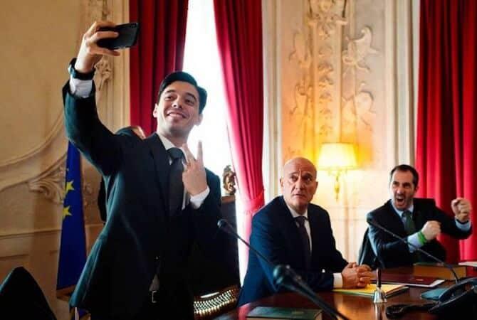 Bentornato Presidente Recensione Claudio Bisio
