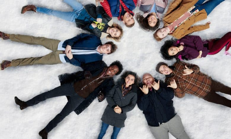 Photo of Let it snow – Innamorarsi a Natale: recensione del film natalizio targato Netflix