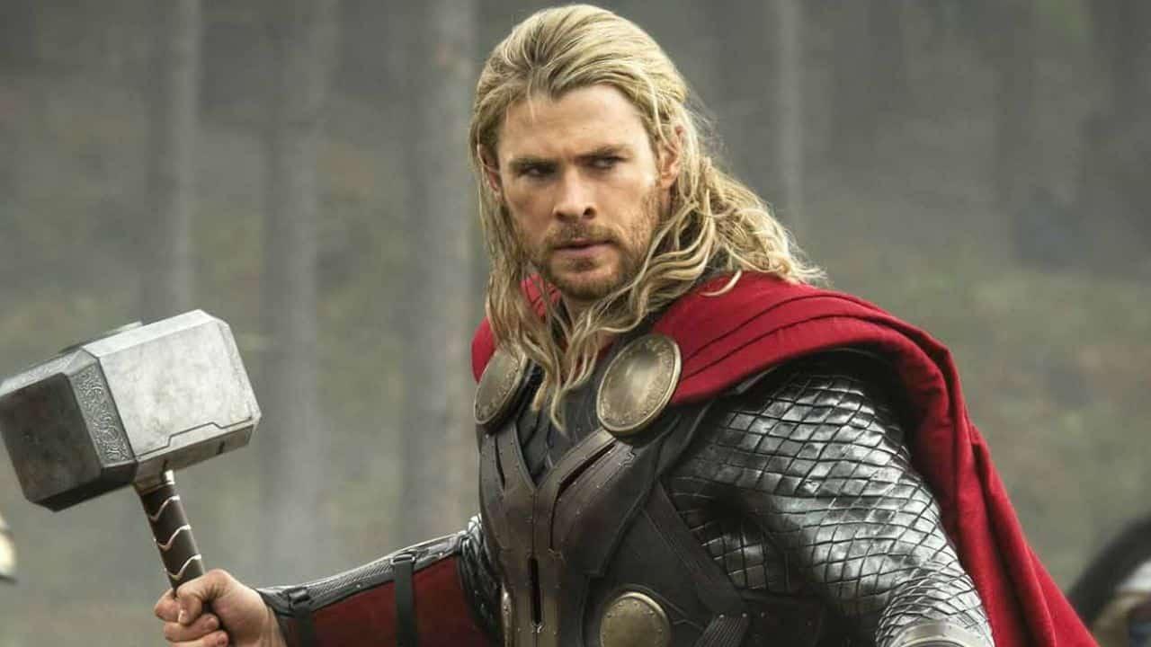 Chris Hemsworth porta a casa i Mjölnir