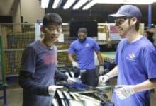 Photo of Made in USA – Una fabbrica in Ohio: recensione del documentario premio Oscar