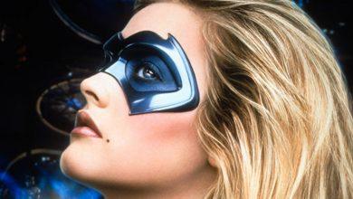 Photo of Alicia Silverstone: l'attrice vuole tornare a vestire i panni di Batgirl