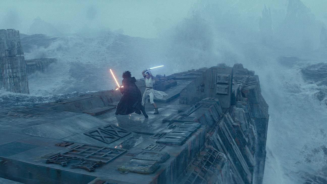 Ascesa Skywalker dettagli spade laser