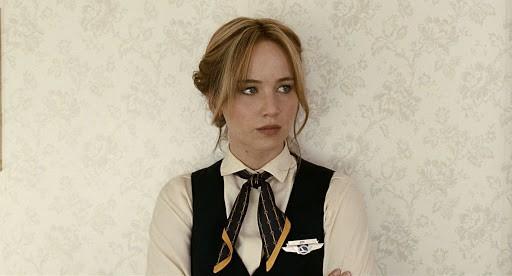 Photo of Miriam si sveglia a mezzanotte: Jennifer Lawrence possibile protagonista del remake
