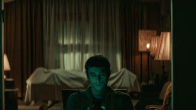 Photo of The Vigil: nel trailer del film una veglia notturna si trasforma in orrore