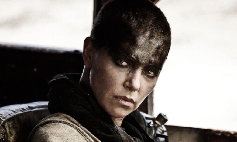 Photo of Charlize Theron: il video in cui l'attrice si rasa per Mad Max Fury Road