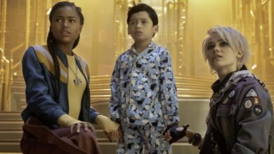 Photo of A Babysitter's Guide to Monster Hunting: il trailer del film Netflix