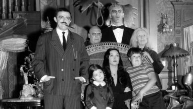 Photo of La famiglia Addams: Tim Burton realizzerà una serie tv live-action