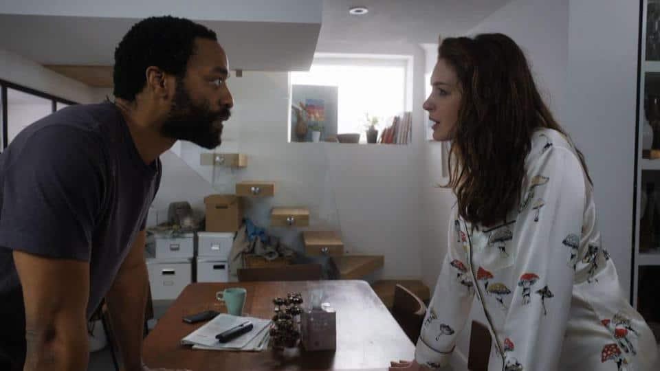 Locked Down: la recensione del film con Anne Hathaway e Chiwetel Ejiofor